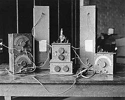 Armstrong's regenerative receiver prototype (1912)